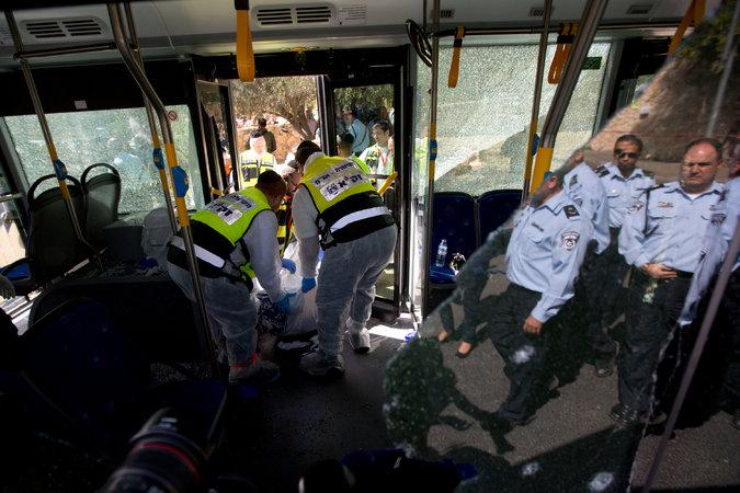 Израильтяне и палестинцы погибли из-за всплеска насилия