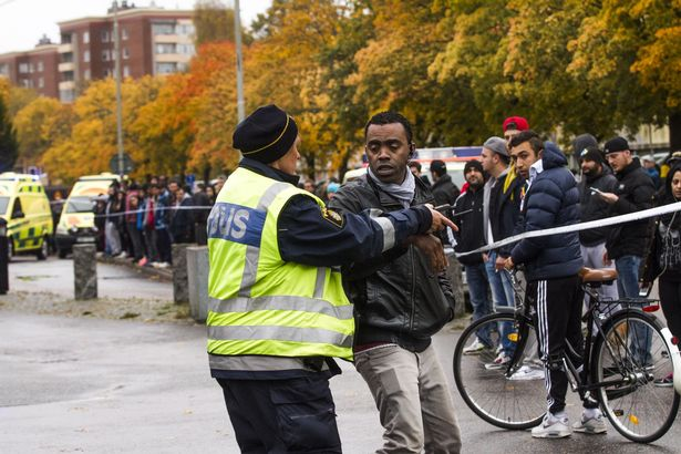 Шведский убийца с мечом скончался от пулевого ранения