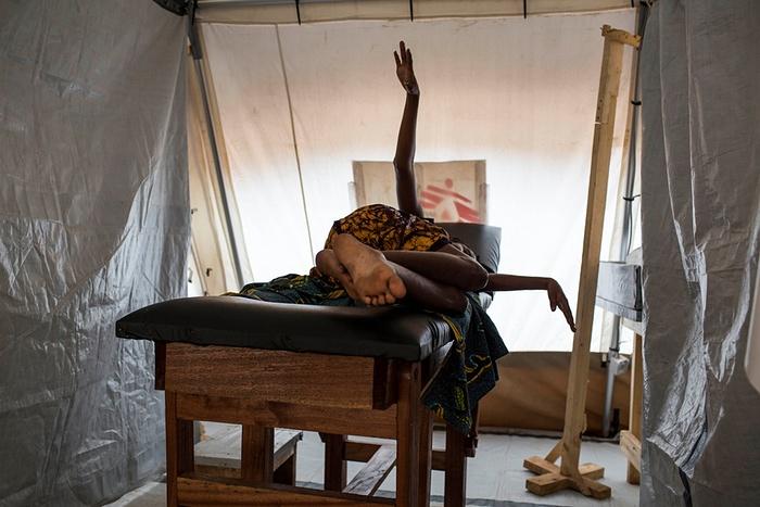 Бойцы гуманитарного фронта: как работают медики в трудных условиях