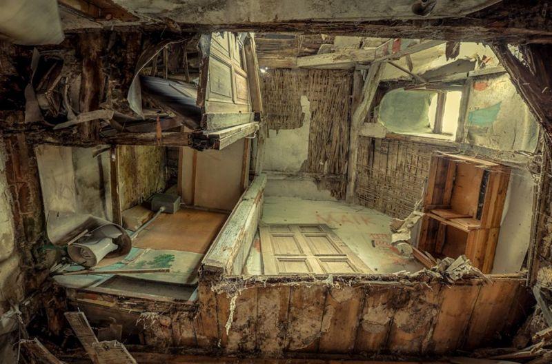 Фотогалерея заброшенных зданий бывшей ГДР