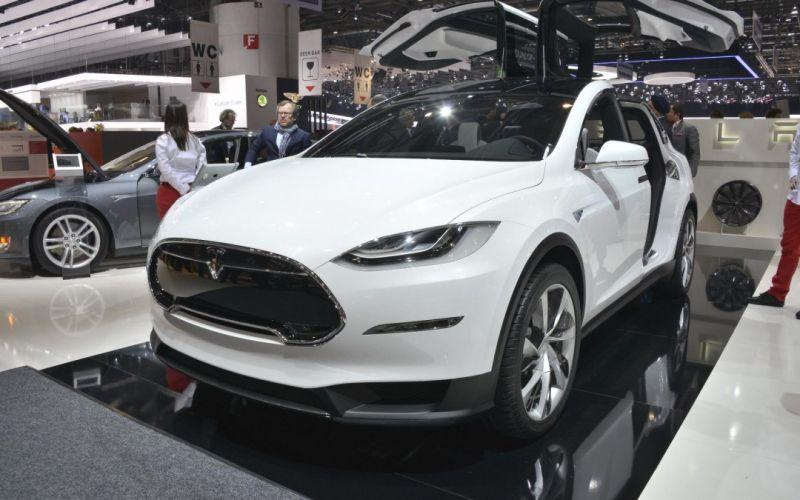 Автомобили Тесла