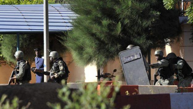 Все заложники в Мали освобождены: BBC