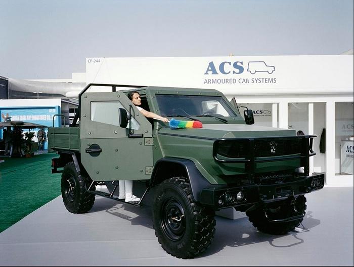 Фотогалерея с крупнейшей на Ближнем Востоке выставки вооружений IDEX