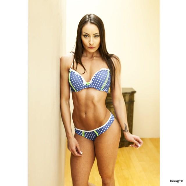 Stephanie Marie - Fitness Model