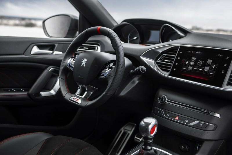 Хот-хэтч Peugeot 308 GTi