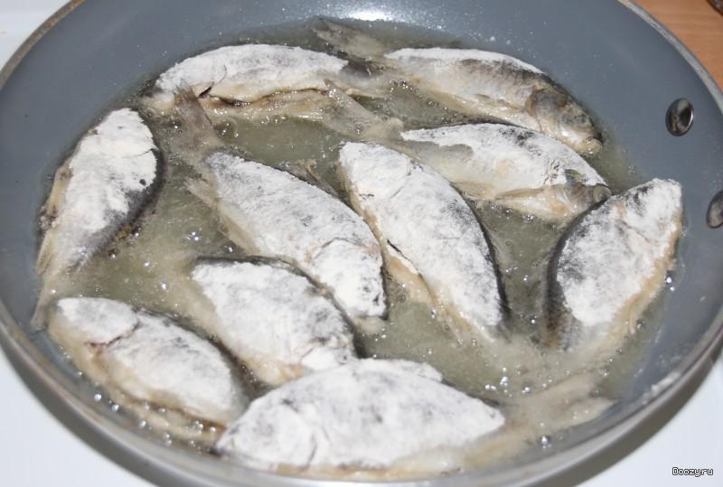 Жареные карасики рецепт