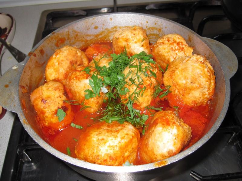Классические тефтели в томатном соусе пошаговый рецепт