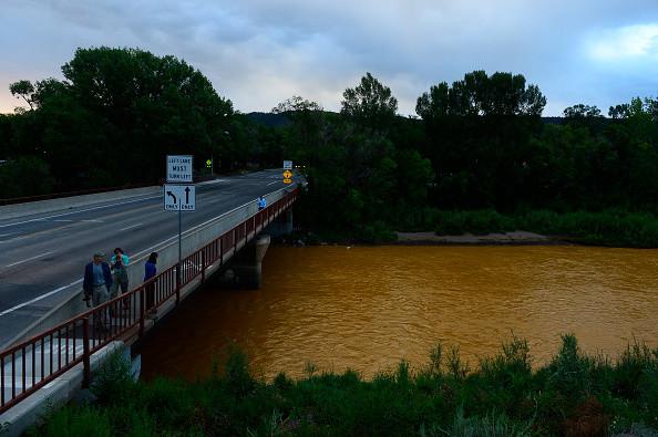 Река в Колорадо стала оранжевой и ядовитой