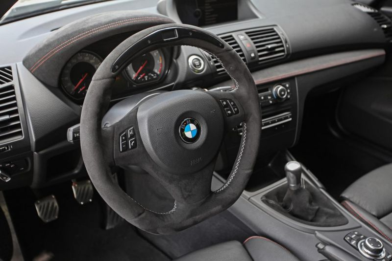 Тюнеры «чипанули»BMW 1 M Coupe до 451 л.с.