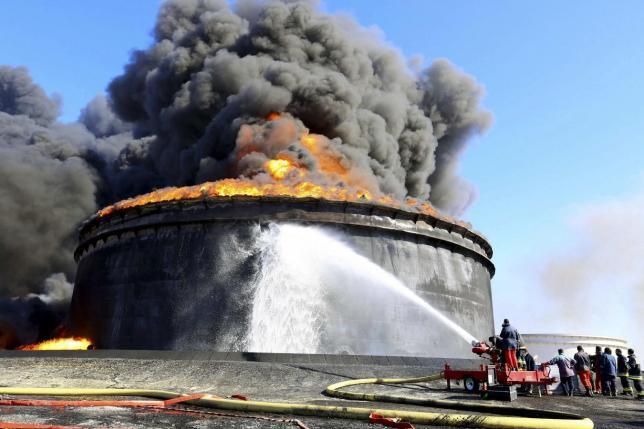 В Ливии произошли столкновения у крупнейшего в стране нефтяного порта