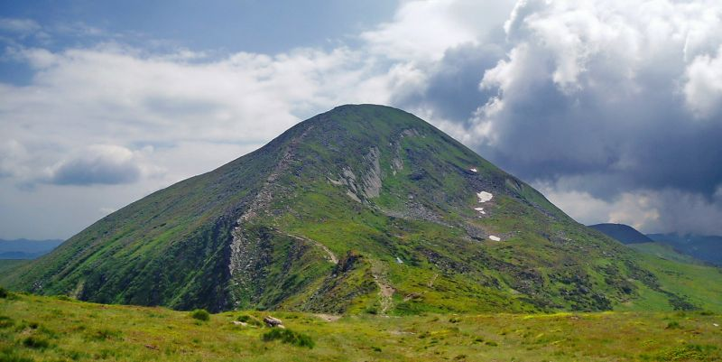 Самая высокая гора в Украине