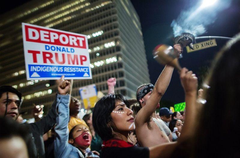 Американцы протестуют против Трампа: фото