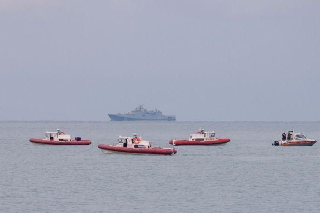 Эксперты приступили к расшифровке самописца с разбившегося в Черном море самолета