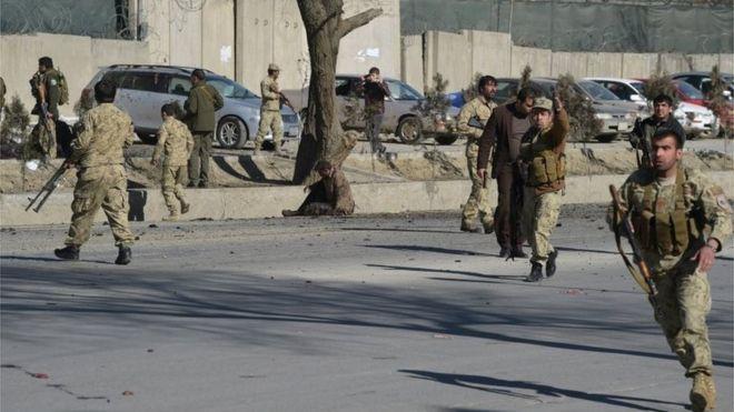 В Кабуле террорист-смертник убил 20 человек