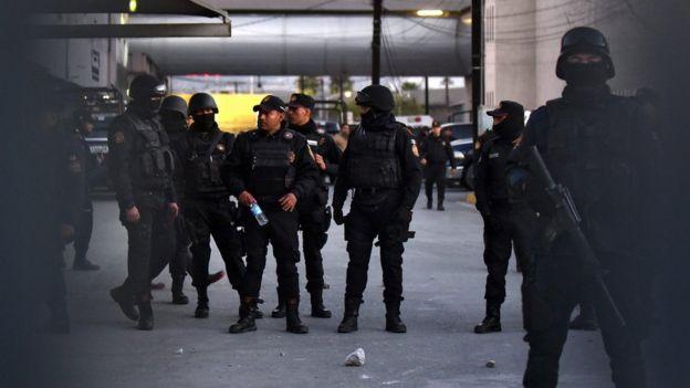 Бунт в мексиканской тюрьме: погибли десятки человек