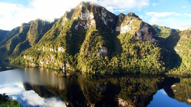 Озеро Лагуна Кондоров в Перу хранит 500-летнюю тайну
