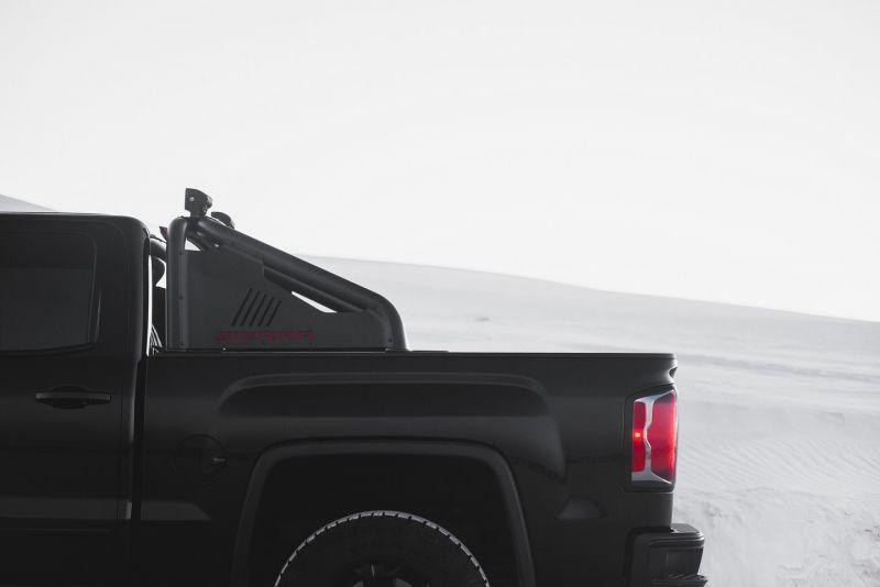 Черный-черный пикап GMC Sierra All Terrain X