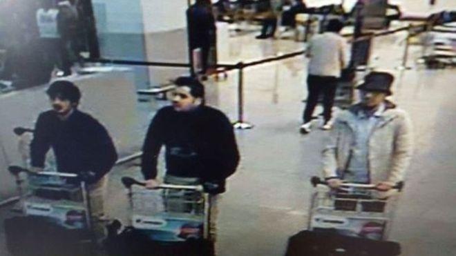 Число жертв терактов в Бельгии превысило 30 человек