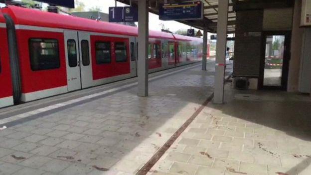 В Мюнхене злоумышленник убил одного и ранил троих человек ножом