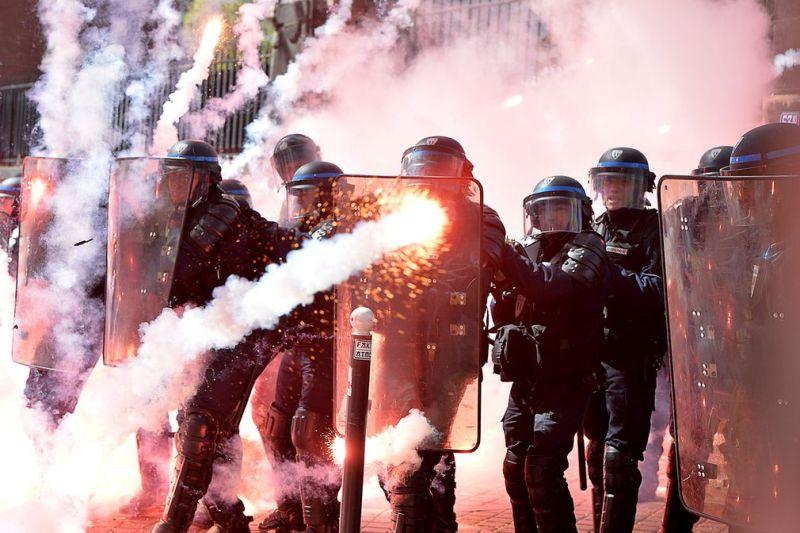 Первомайские демонстрации в разных странах мира