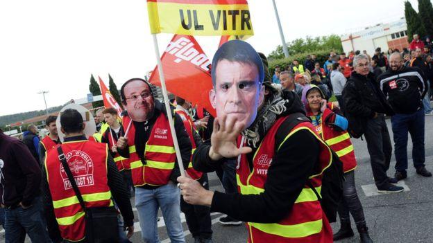 Во Франции прошли акции протеста против действий властей