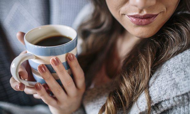 Горячие напитки вызывают рак пищевода: ВОЗ