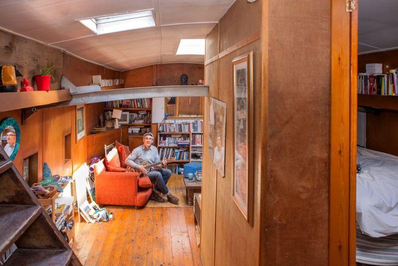 Внутри плавучих домов в Лондоне