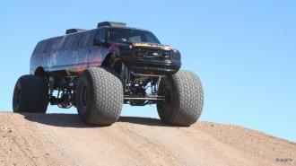 Монстр-трак Ford Excursion