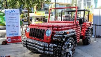 Jeep Wrangler из пустых банок