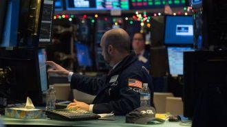 Хроника пузырей: индекс Dow Jones впервые пробил отметку 25 000 пунктов