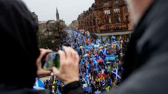 Первый министр Шотландии выступила за легальный референдум о независимости от Великобритании