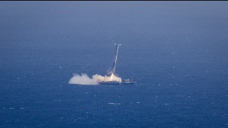 SpaceX показала видео взрыва первой ступени Falcon 9