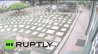 Землетрясение в Непале с камер видеонаблюдения